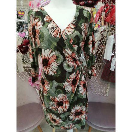 Virágmintás oldalt megkötős ruha